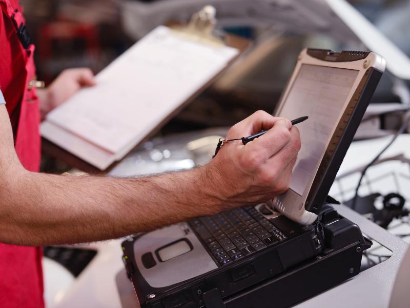 Car Diagnostic Tests Find Hidden Problems